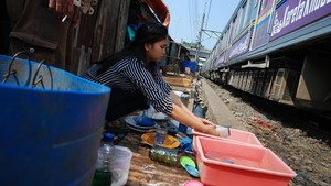 Ekonomi Melambat, RI Dinilai Kian Sulit Tekan Kemiskinan