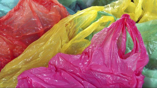 Asosiasi Ritel Patok Harga Kantong Plastik Rp200