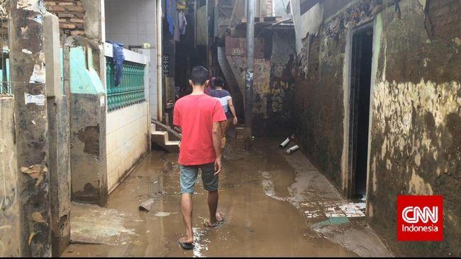 Relokasi Warga Bukan Solusi Atasi Banjir