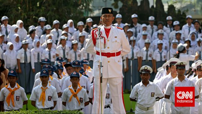 Menteri Yuddy Minta PNS Tak Bolos Saat Antar Anak Sekolah