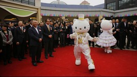 Jepang Sediakan Akta Lahir Hello Kitty