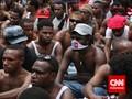 Sorong Mencekam, Toko-toko Dihancurkan Massa Pengarak Jenazah
