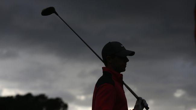 Atlet Golf PGA Tour Mencari Ayah yang Hilang