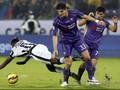 Bek Juventus Merasa Dikunci Penyerang Fiorentina