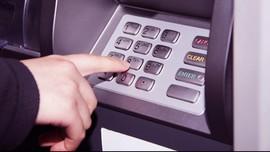 Polda Metro Jaya Tangkap Pelaku Penggandaan Kartu ATM