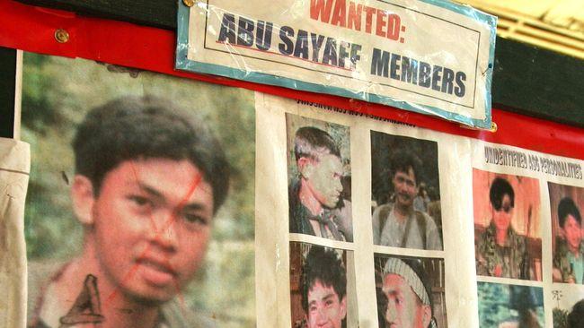 Militan Abu Sayyaf Penggal Sandera Asal Malaysia