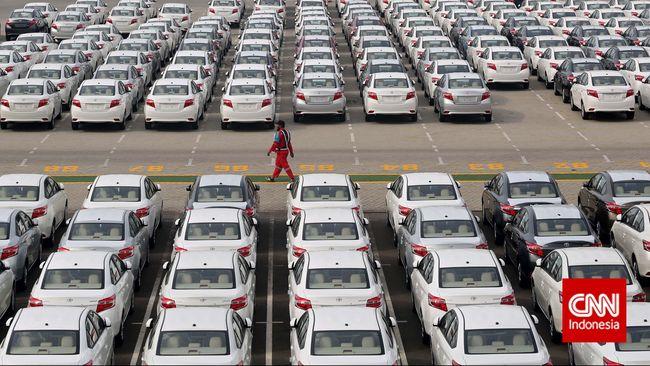 Pemerintah Kaji Keringanan PPnBM untuk Mobil Sedan