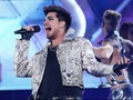 Terlalu Sensual, Adam Lambert Dipetisi Warga Singapura