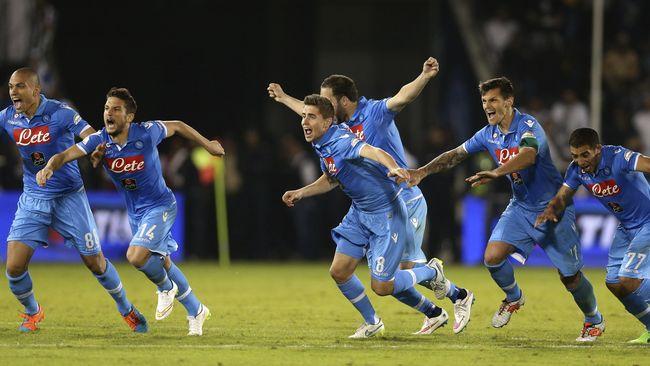 Sepuluh Orang Napoli Taklukkan Sassuolo