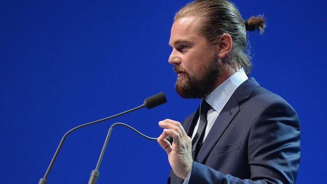 Leonardo DiCaprio Kepergok Belanja Bikini