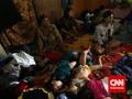 Warga Kampung Pulo Digusur, Jalan Jatinegara Barat Ditutup
