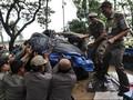 Irwandi Siap Tawuran dengan Preman untuk Tertibkan PKL