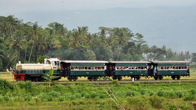 Kereta Kuno Dan Jalur Bergerigi Jadi Atraksi Menuju Jateng