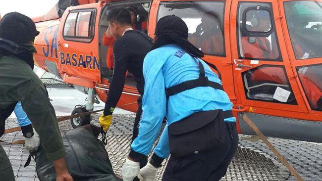 Helikopter Dolphin Berangkat Jemput Tiga Jenazah