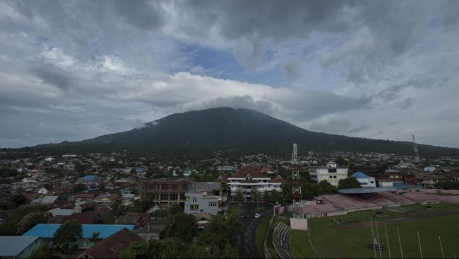Gunung Gamalama Meletus, Warga Belum Perlu Mengungsi