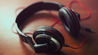 Hati-hati, Headphones Ternyata Bisa Buat Rambut Patah