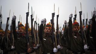 India Izinkan Perempuan Masuk Kuil Suci, Polisi Bersiaga