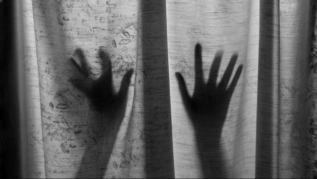 Polisi Malaysia Divonis 100 Tahun karena Kasus Perkosaan