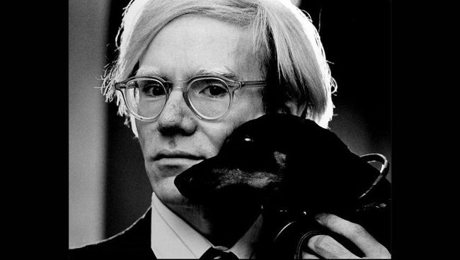 Dua Lukisan Andy Warhol yang Dicuri Dikembalikan ke Polisi AS