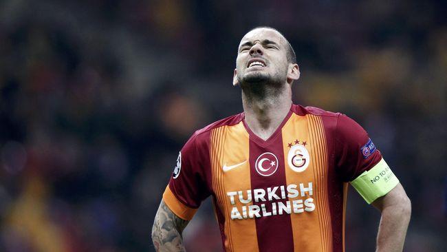 Sneijder Umumkan Pensiun, Agen Kebingungan