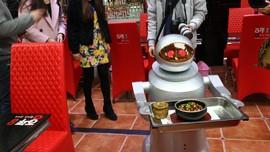 Kontroversi Robot, Gantikan Pekerja Manusia?
