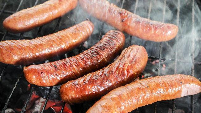 Studi: Konsumsi Daging Olahan Tingkatkan Risiko Kanker Usus