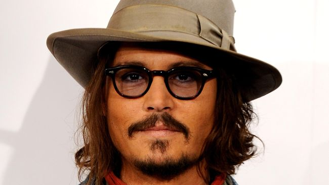 Johnny Depp 'Nge-band' bareng Alice Cooper dan Joe Perry