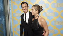 Cinta Jennifer Aniston, antara Brad Pitt dan Justin Theroux
