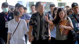 Keluarga Korban Minta AirAsia Terus Ikuti Operasi Pencarian