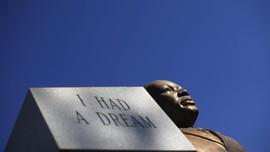 Medali Nobel Martin Luther King Diperebutkan Anaknya