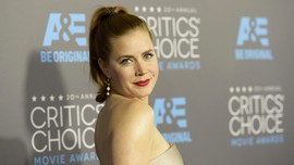 Gillian Flynn Percaya Diri 'Sharp Objects' Berlanjut Season 2