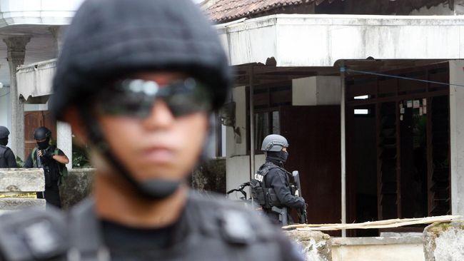 Polisi: Terduga Teroris Kalbar Berencana Merampok di Surabaya