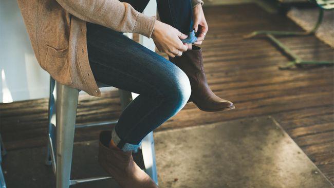 Tips Memilih Sepatu Bot Agar Nyaman saat Hujan
