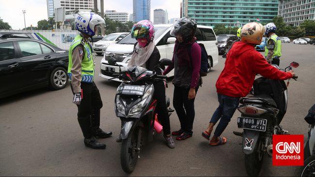 Dishub DKI Dukung Anies-Sandi Cabut Larangan Sepeda Motor