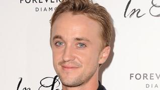 Draco 'Curi Start' Jelajahi Wizarding World of Harry Potter
