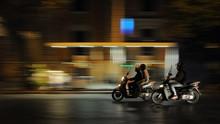 Ahli Ungkap Penularan Corona Saat Berboncengan Sepeda Motor