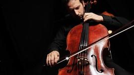 Membalut Musik Toba dengan Orkestra Austria