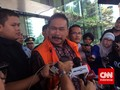 Bonaran Jalani Sidang Perdana Kasus Suap Akil Mochtar