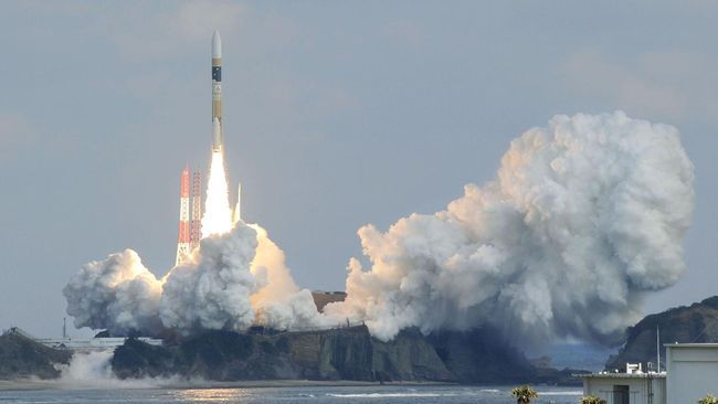 China Luncurkan Roket Berisi Stasiun Luar Angkasa Kedua