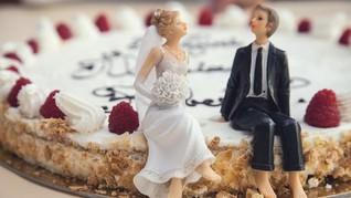 Reaksi Publik Soal Dicabutnya Larangan Menikah Sekantor