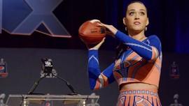 Melihat Super Bowl 'Seperti Seorang Perempuan'