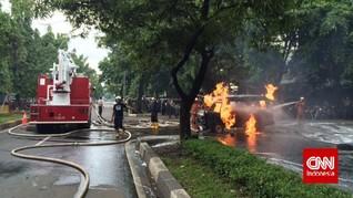 Mobil Pajero Terbakar di Monas Diduga Akibat Korsleting