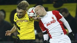 Tak Ada Gol di Babak Pertama Dortmund vs Augsburg