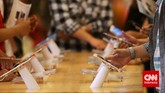 iPhone 6 dibekali dengan sensor sidik jari pada tombol Home yang disebut TouchID untuk membuka kunci layar atau mengakses akun Apple ID (CNN Indonesia/ Adhi Wicaksono)