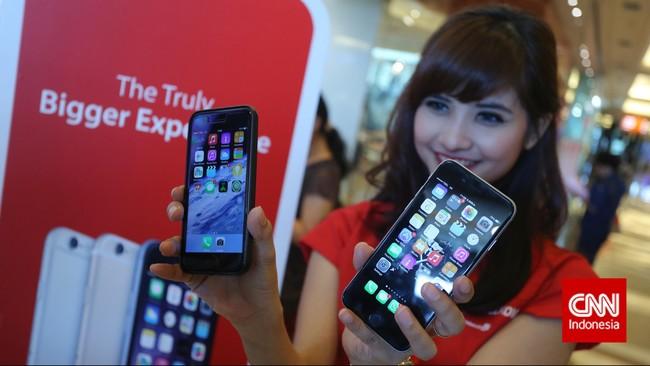 Di Indonesia iPhone 6 dan iPhone 6 Plus akan dipasarkan bersama paket dari Telkomsel, XL Axiata dan Indosat (CNN Indonesia/Adhi Wicaksono)