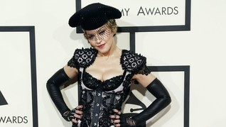 13 Foto Bugil Madonna Saat Muda Bakal Dilelang