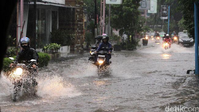 BMKG Pantau Curah Hujan Pakai Satelit MTSAT