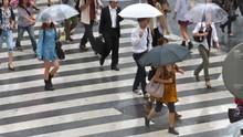Siasat Berwisata saat Musim Hujan di Asia
