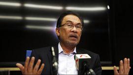 Kritik Vonis Anwar Ibrahim, Kartunis Malaysia Ditahan
