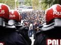 Ribuan Pendukung Anwar Ibrahim Tolak Vonis Pengadilan